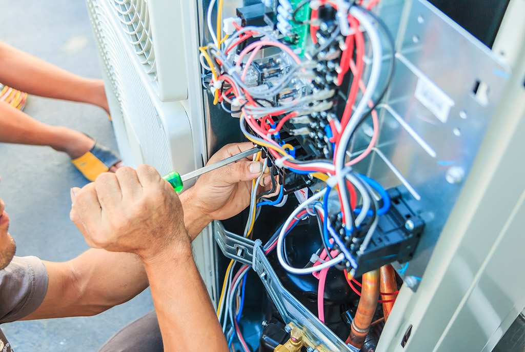 Advantages-of-Letting-Professionals-Handle-the-Installation-of-Your-Air-Conditioner-_-Air-Conditioner-Installation-in-Chattanooga,-TN