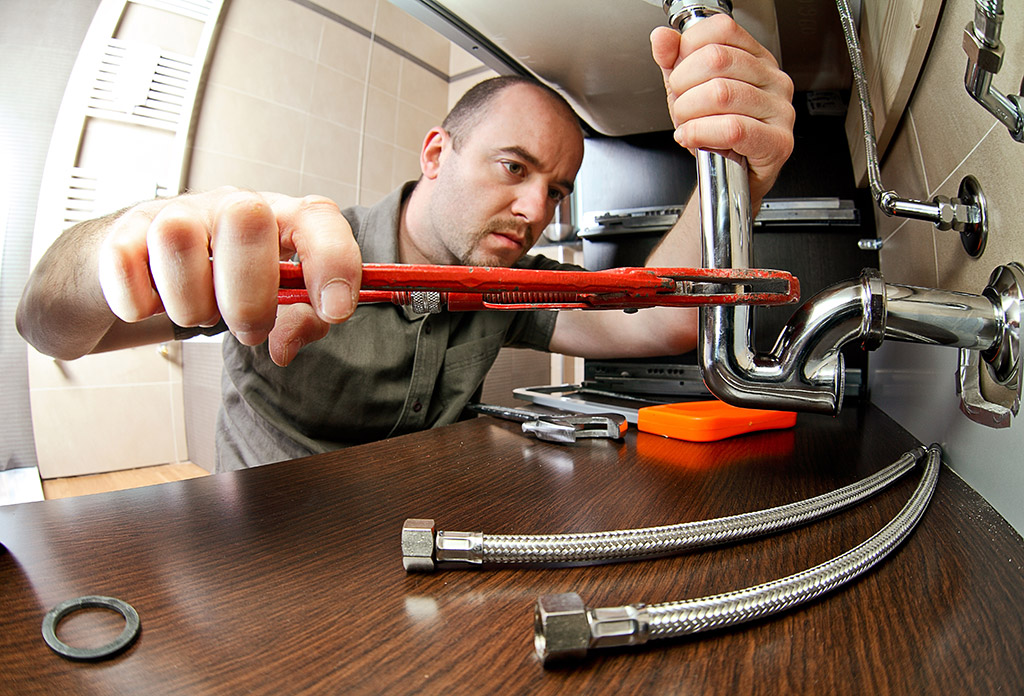 6-Quality-Traits-of-a-Good-Emergency-Plumber-in-Cleveland,-TN