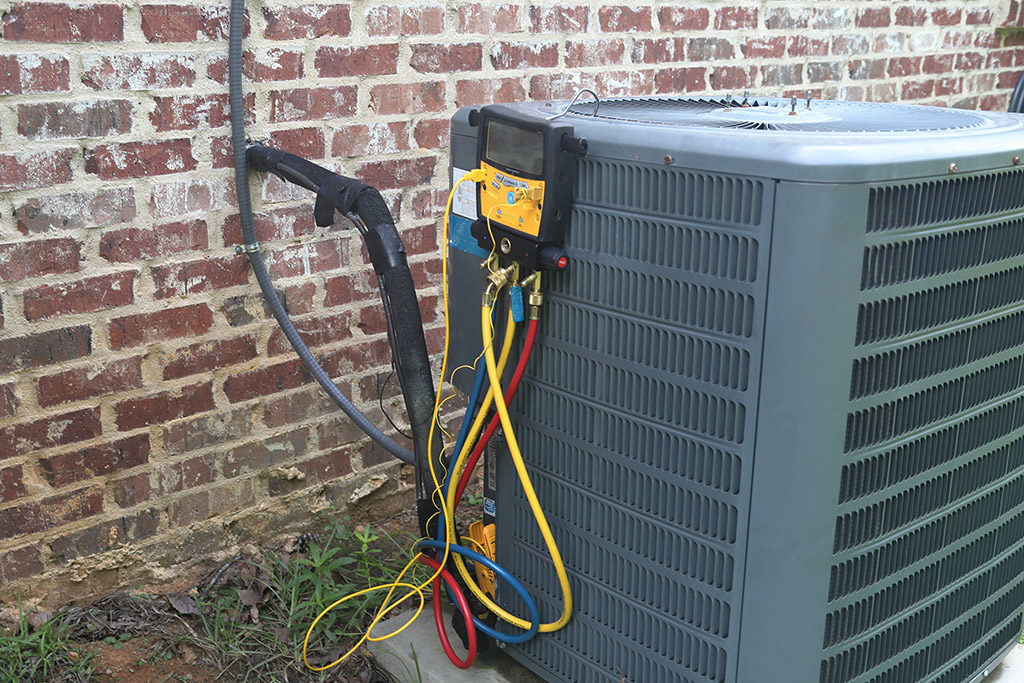 DIY-or-Hire-a-Professional-Air-Conditioning-Service-in-Cleveland,-TN-