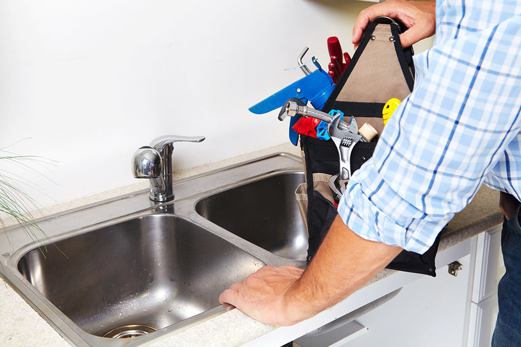 Clogged-Drains---Common-Causes-and-Possible-Solutions-_-Plumber-in-Chattanooga,-TN