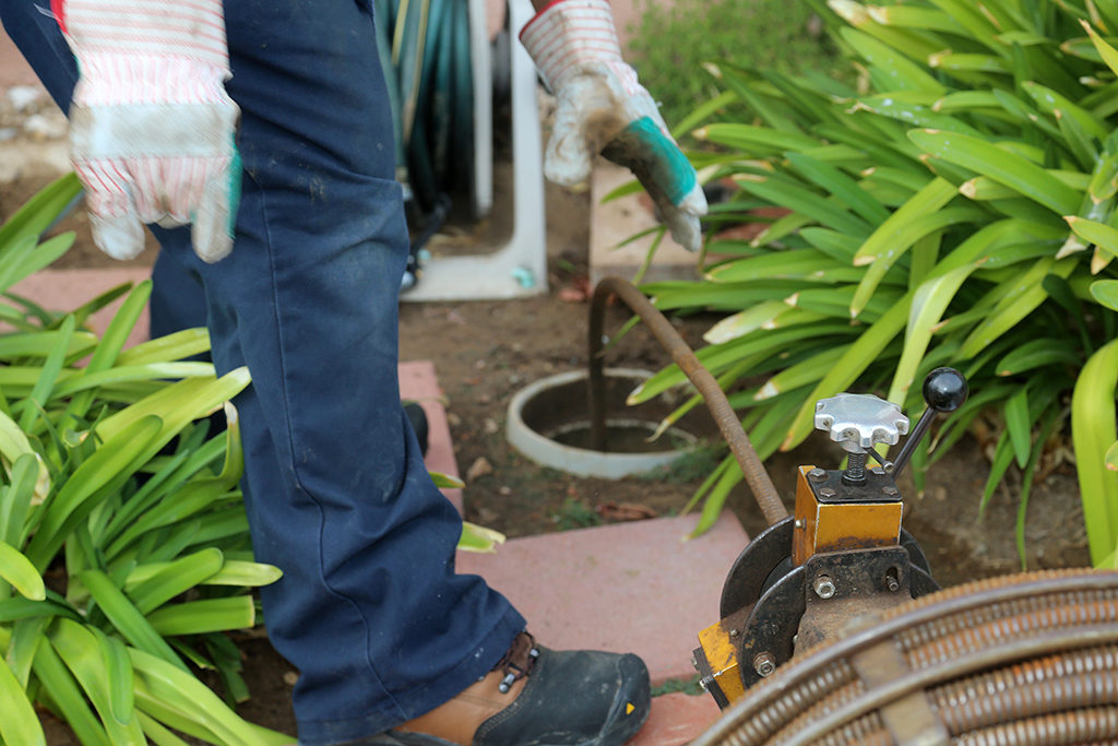 Common-Causes-of-Sewer-Clogs-_-Plumber-in-Chattanooga,-TN