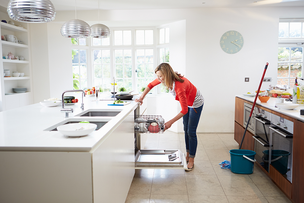 Six-Signs-and-Reasons-for-a-Clogged-Dishwasher-_-Plumbing-Company-in-Chattanooga,-TN