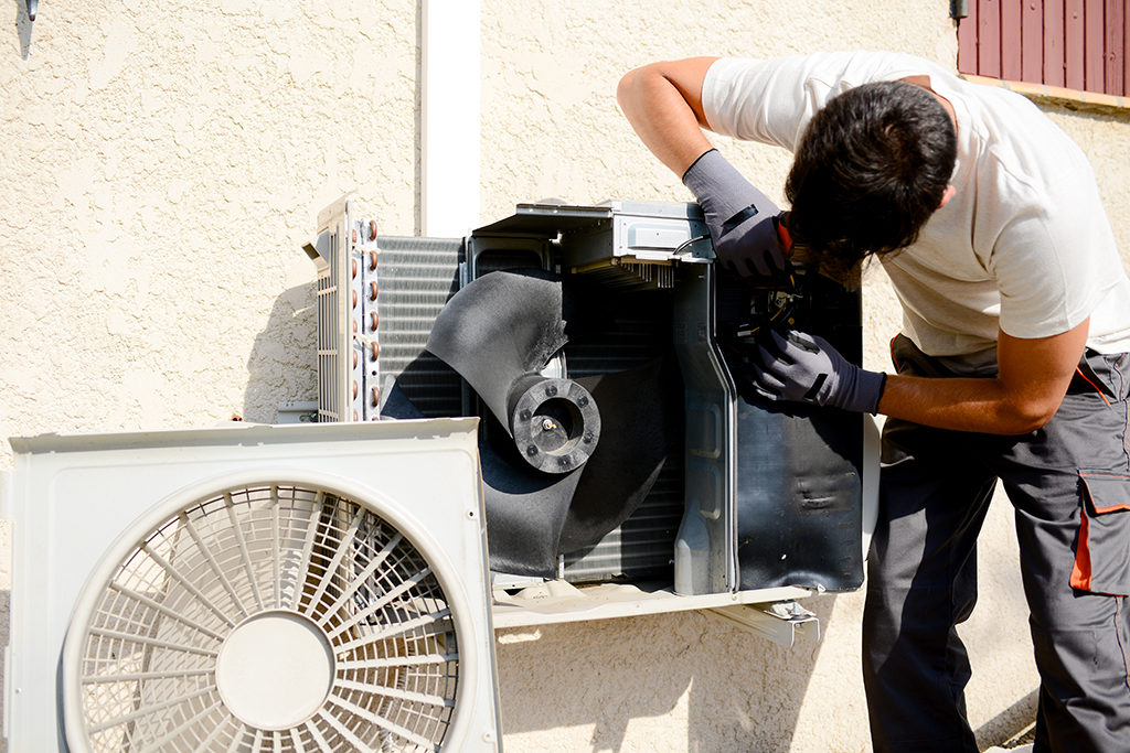 Six-Signs-That-You-Need-Air-Conditioner-Repair-in-Cleveland,-TN