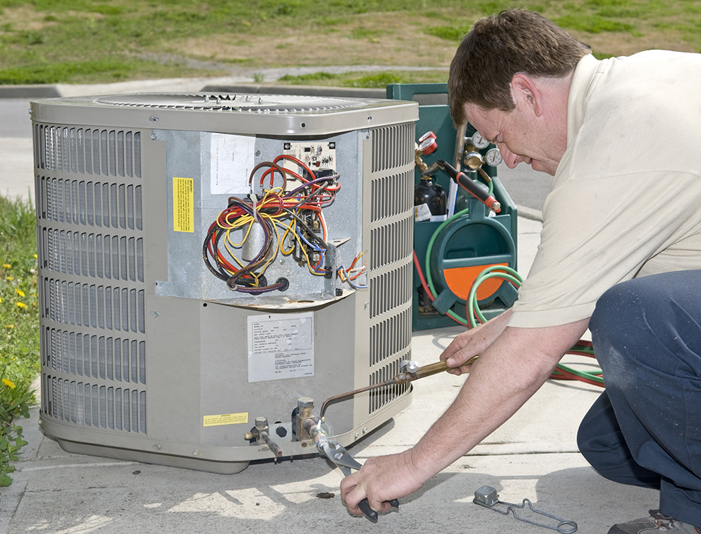 Choosing-the-Right-Heating-and-Air-Condition-Service-for-Your-Chattanooga,-TN-Home
