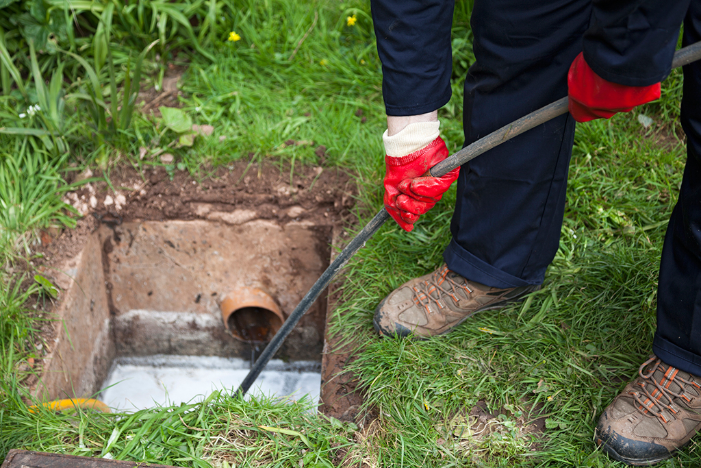 Drain-Cleaning-Service--5-Benefits-of-Sewer-Rodding-_-Chattanooga,-TN