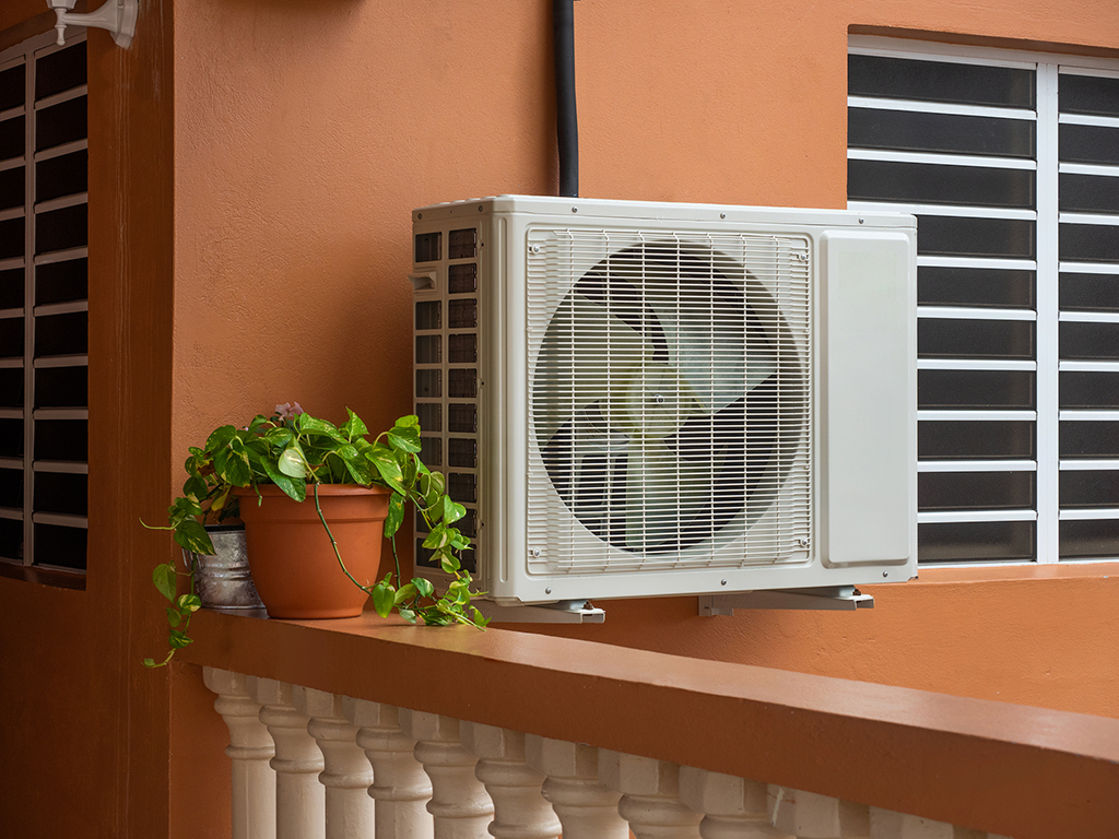 AC-Repair--Common-Causes-of-AC-Compressor-Problems-in-Homes-_-Chattanooga,-TN